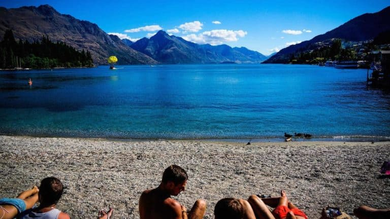 romantic places in queenstown beach