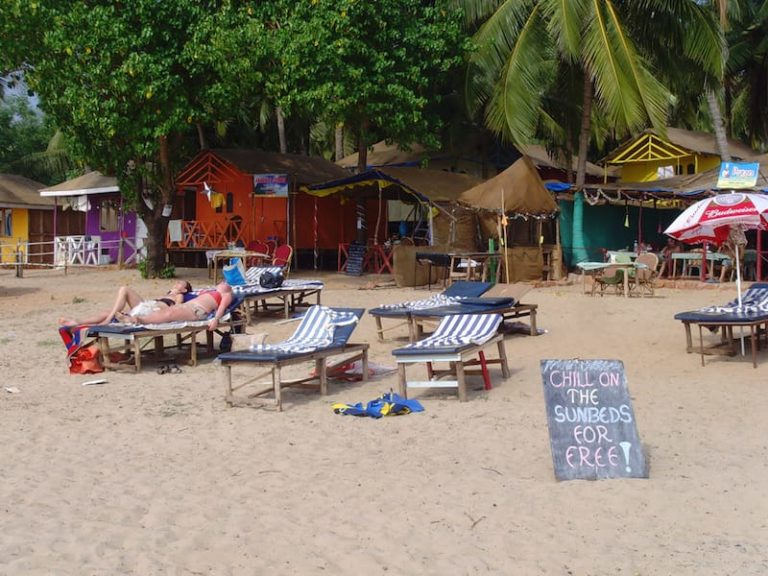 agoda beach goa