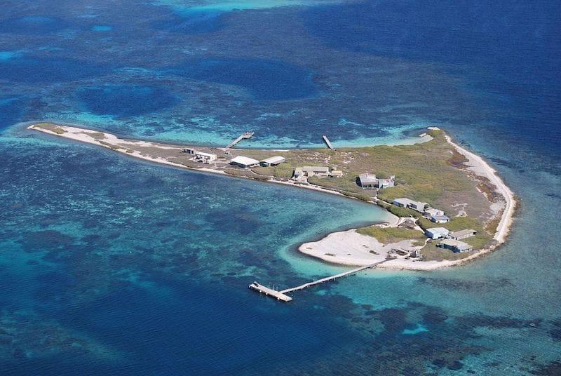 abrollhos islands