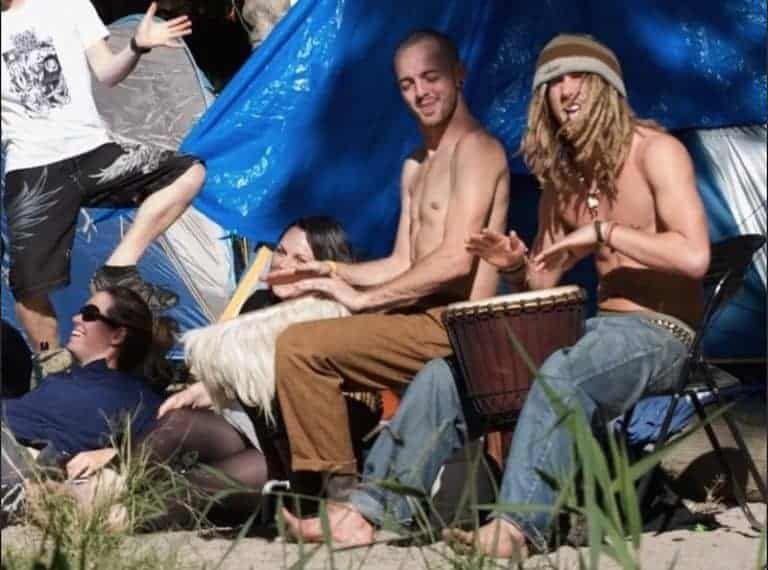 types of people in byron bay hippies