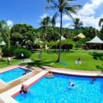 airlie beach backpackers with swimming pool