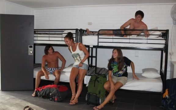 dorm accommodation in noosa backpackers