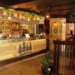 pines bar brisbane nomads hostel
